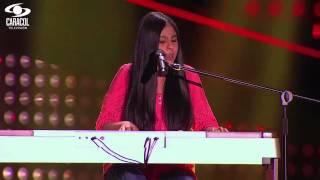 Isabella cantó Flaca