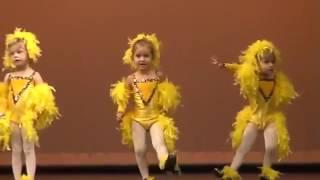смешные танцы детей видео смотреть бесплатно