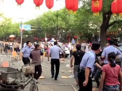 Fight between Tibetan and Han Chinese beijing 12th May 2013, རྒྱ་བོད་མི་རིཊ་བར་འཁྲུག་འཛིང་།
