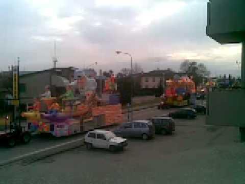 carnevale di castelnovo di sotto 08/02/09 arrivo dei carri