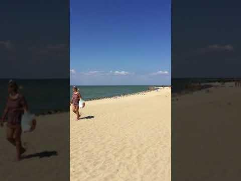 Ейск. Пляж пансионата Приазовье. Азовское море. Таганрогский залив. Ейская коса. Август 2018