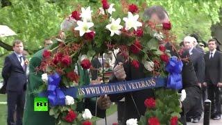 В Вашингтоне прошла церемония возложения венков к мемориалу «Дух Эльбы»