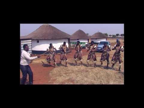 Abafana Baka Mgqumeni -  Ushel' Abafaz' bethu