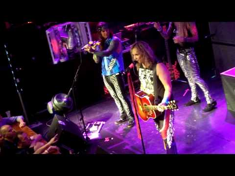 Steel Panther: Girl From Oklahoma