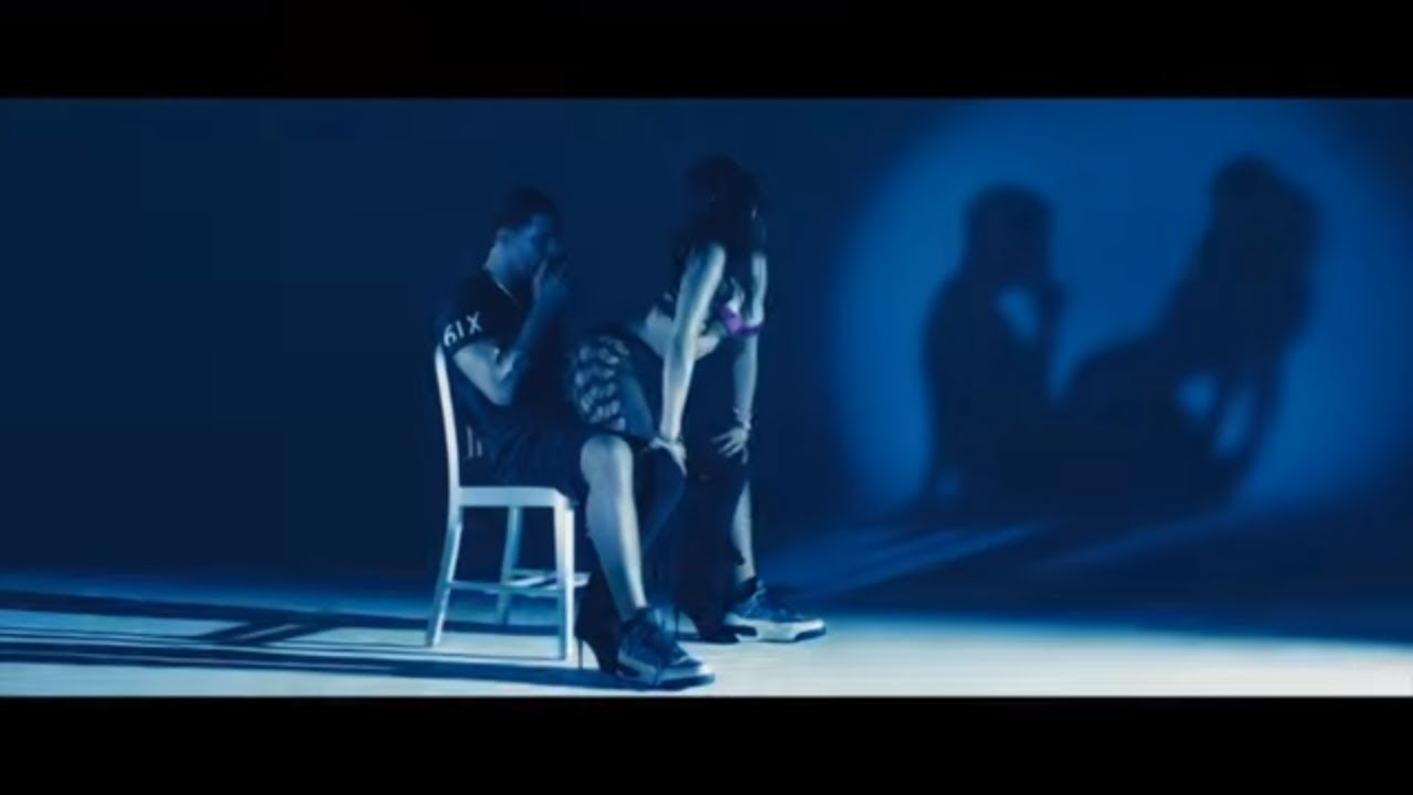 "Nicki Minaj ""Anaconda"" - So Much Twerking - YouTube"