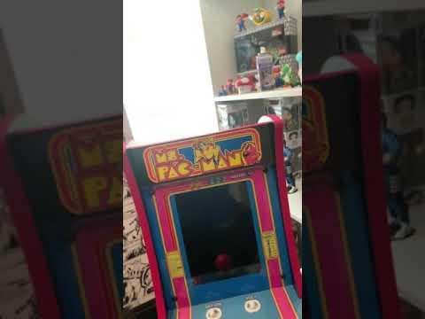 Ms PAC-Man countercade review. #arcade1up #countercade #averagegamer #qvc #blackfirday from Nicholas Cruz