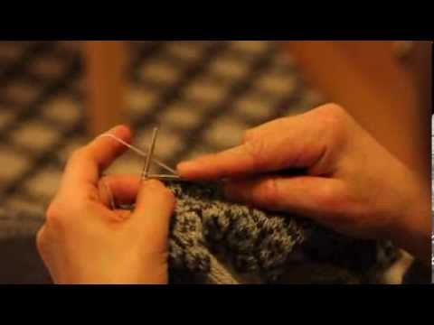 Two-Handed Fair Isle Technique for Continental Knitters - YouTube