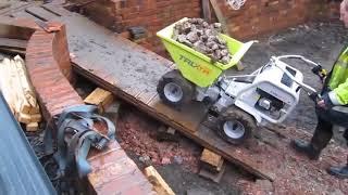 DUMPER ELECTRIQUE CHARGE 450KG vidéo