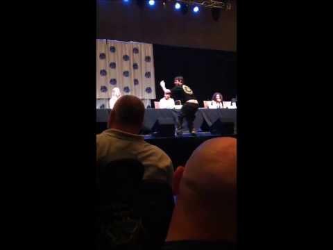 Eddie McClintock at DragonCon: Just Say No to Crack.