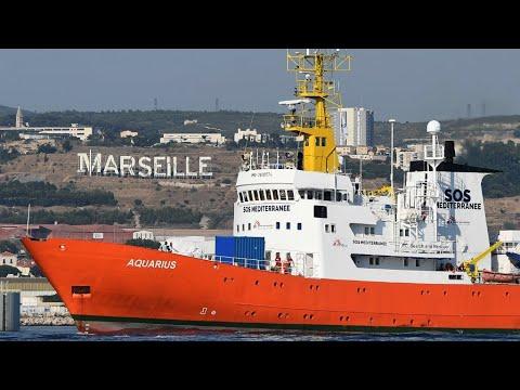 فرانس 24:French port of Sete offers to accept stranded migrant rescue vessel
