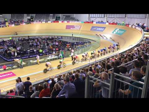 Revolution Cycling Series Glasgow December 2017 Future Stars Boys 20-lap Scratch race