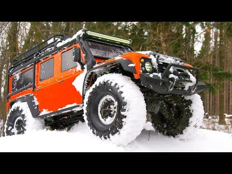 MEGA RC TRAXXAS TRX- SNOW ACTION!! LAND ROVER DEFENDER, FORD BRONCO, TACTICAL UNIT