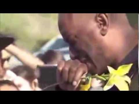 Paul Walker Funeral (02 / Dic / 2013) (FUNERAL ACTOR RAPIDO Y FURIOSO)