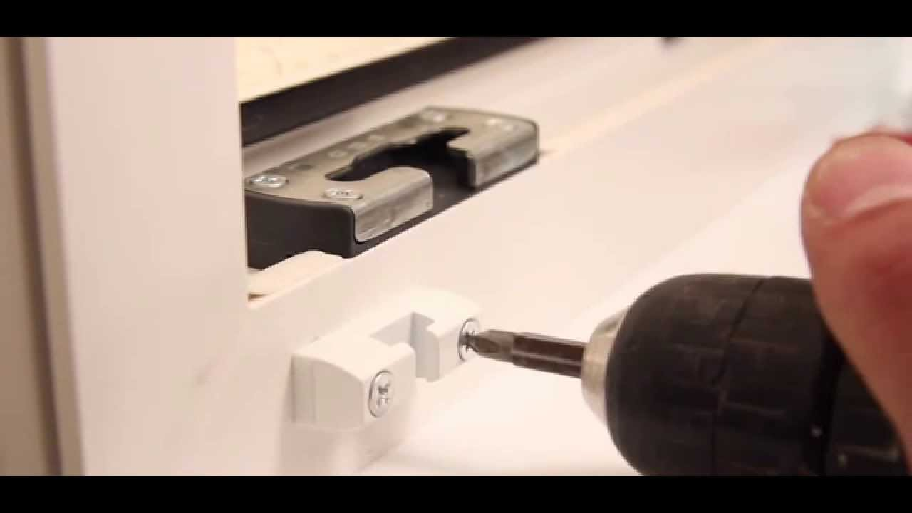 Blocca finestre safety lock sicurezza innovativa youtube - Finestra vasistas meccanismo ...