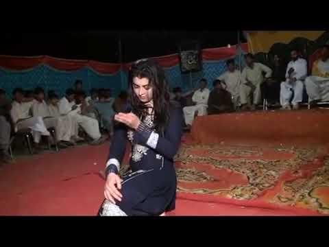 Beautiful dance on meda yar lamy daaaa.madam talash jan