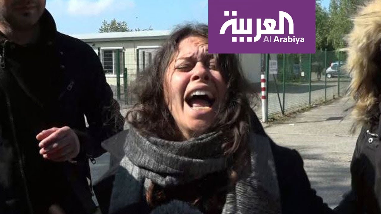بلجيكا.. الأم المكلومة تبكي ولدها دانيال القتيل