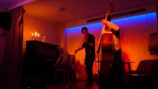 Caroline Keating - The Belt Horse & So Long Solange, Die WG Cologne, 04.10.2012 [Pt.1/13]