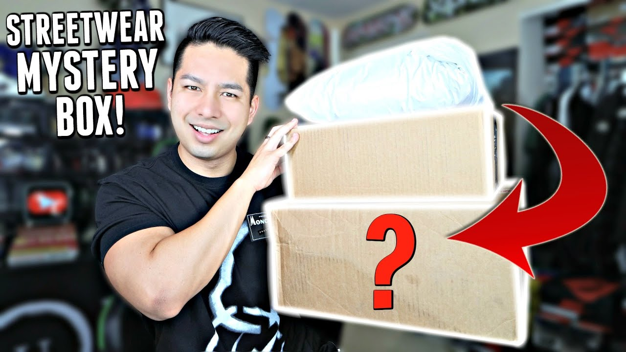 Unboxing New Sneakers and A Streetwear Mystery Box!