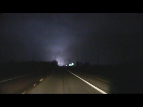 Violent Tornado Ava, Illinois 2/28/2017