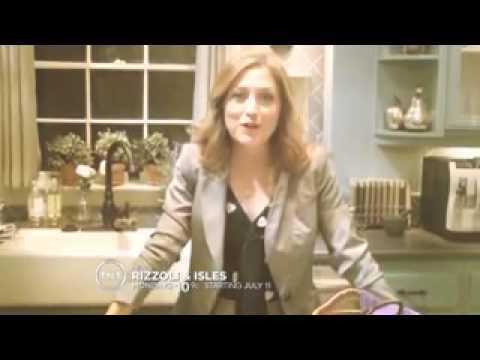 Rizzoli & Isles Behind the Scene Sasha shows Maura's new House and Office.