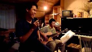 Hát: Hát với chú ve con (Lê Bảo Y2010A hát, Hồng Đức Y2008 đệm guitar)