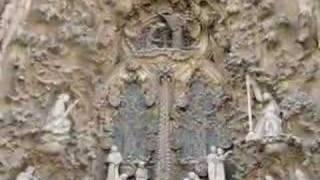 Sagrada Familia de Gaudi Thumbnail