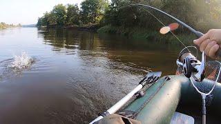 Вот ЭТО он ДАВИТ Рыбалка на спиннинг ловля щуки на джиг и воблер осенью в 2021