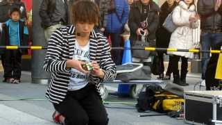 東京スカイツリーソラマチ広場。ラダー、トスジャグリング、マジックな...