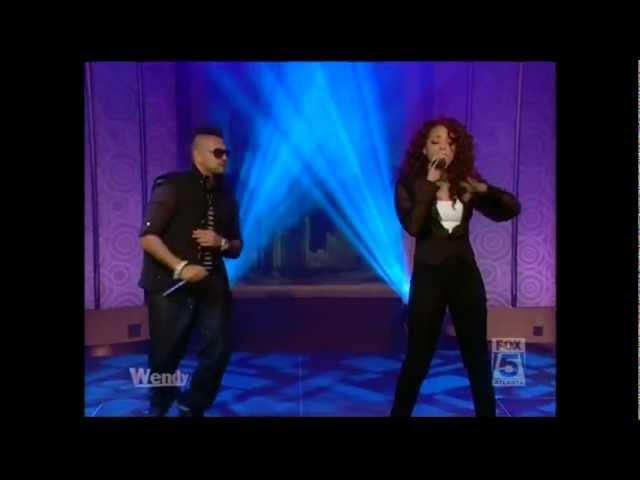 Sean Paul & Alexis Jordan Performs