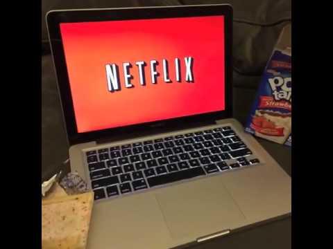 Netflix and Poptarts (vine)
