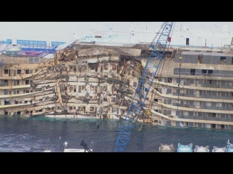 Costa Concordia Salvage Master: Finding missing people on wrecked cruise ship is priority