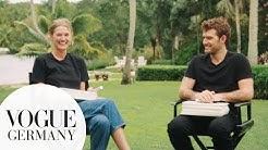 "Toni Garrn & Alex Pettyfer spielen ""The Newlywed Game"""