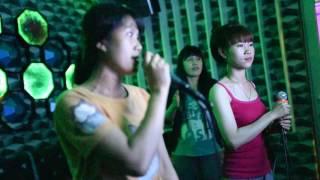Repeat youtube video 2015 - Vietnam Karaoke - Phu Quoc