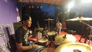 Download lagu 4WD Band Bali Drum Cam / Edix