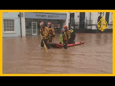 فيضانات غير مسبوقة تشهدها بريطانيا بسبب العاصفة دينيس  - نشر قبل 2 ساعة