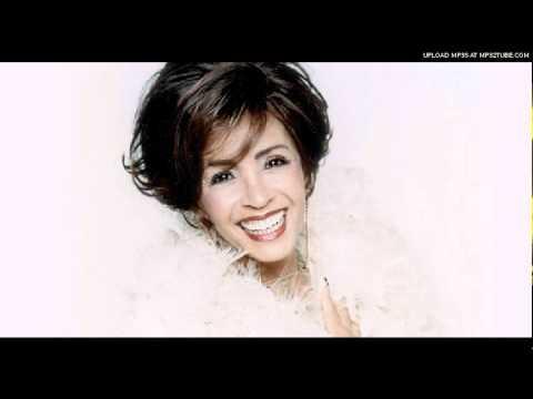 Shirley Bassey - Italian - Vivo Di Diamanti (Diamonds Are Forever)