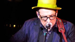 Elvis Costello 6-14-14: Jimmie Standing In The Rain