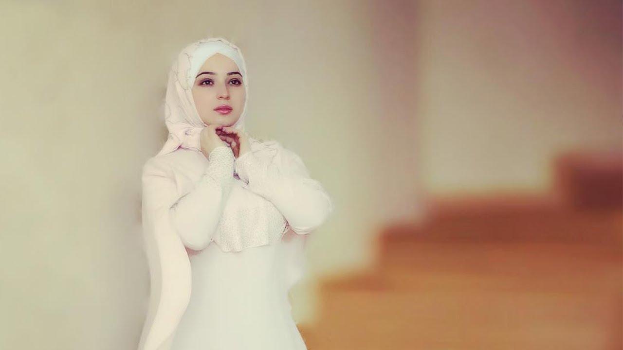 فتاة اجنبية تنشد قمر سيدنا النبي بصوت جميل Maxresdefault