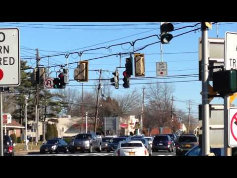 Jericho Turnpike/Indian Head Road: New Lights Up