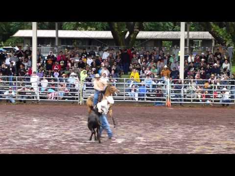 Gregg Menino & Buster Barton Double Mugging; Hilo 2013