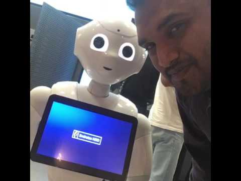 Selfie with Pepper | Emirates NBD | Dubai | New Trend | Awesome