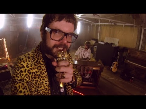 Wagons - Why Do You Always Cry (Official Music Video)