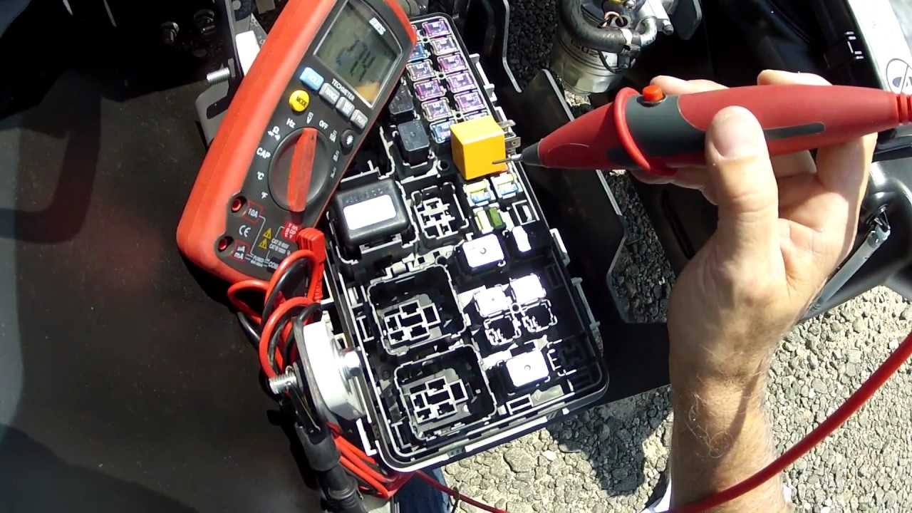 small resolution of how to test car fuse box with multimeter