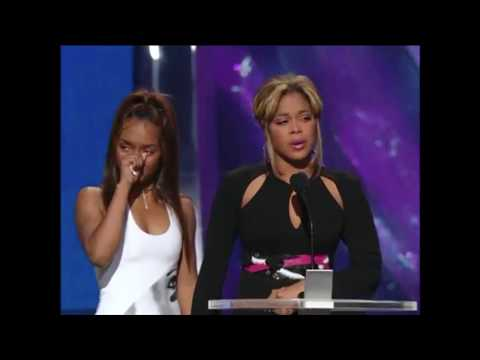 TLC Gives Tribute to Left Eye @ The 2002 MTV Music Video Awards