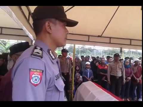 Prosesi pemakaman bripka may dwi sumarno
