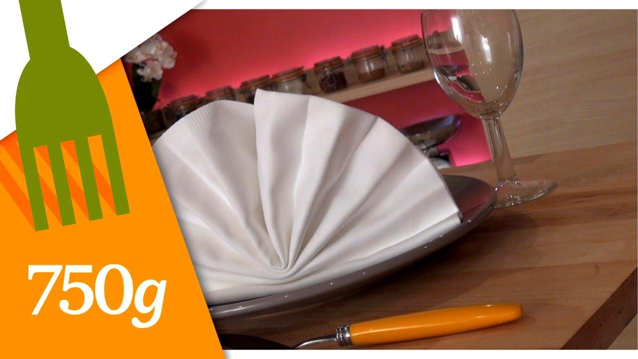 pliage de serviette en ventail 750g youtube. Black Bedroom Furniture Sets. Home Design Ideas