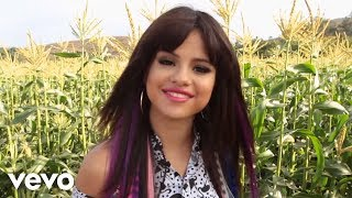 Selena Gomez & The Scene - VEVO News: Behind The Scenes of Hit The Lights