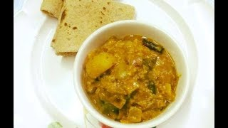 Instant Parwal/Potol Kurma: Pointed Gourd in Creamy Sauce
