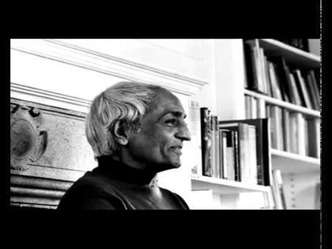 Jiddu Krishnamurti parle à la radio française
