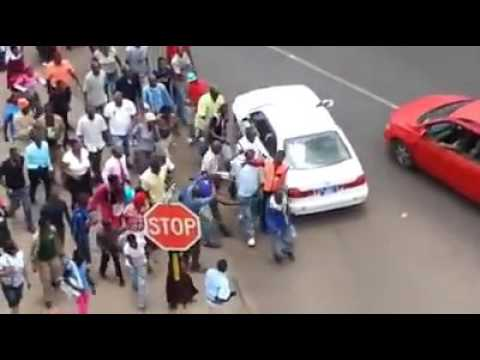 Alleged Thief Beaten on the streets of Botswana / What happened at the end will shock you